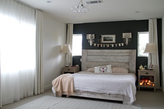 allison williams home via apartment therapyDreams Bedrooms, Modern Rustic Homes, Dark Walls, Master Bedrooms, Beds Frames, Rustic Headboards, Black Wall, Bedrooms Ideas, Accent Wall