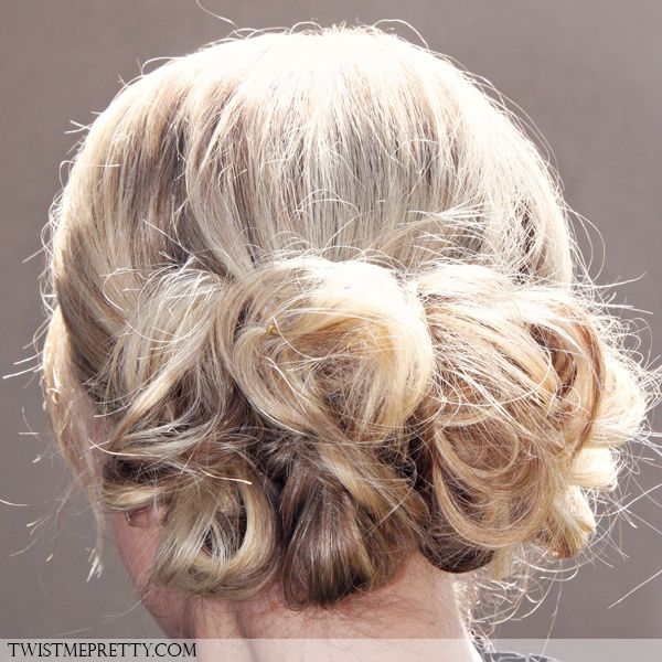 different ponytail styles for hair 15 different ways to dress up your ponytail babble 9071