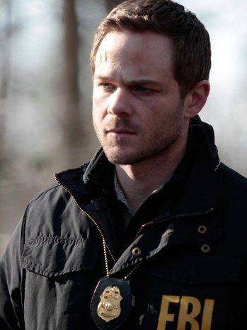 Agent Mike Weston has had quite the couple of weeks on #TheFollowing ! After having a nasty run-in with some of Carroll's followers, Weston is back and ready to fight. The Hollywood Reporter talks to actor Shawn Ashmore about the final four episodes before the season finale. Tune-in for a new episode tonight Monday 9/8c on FOX!