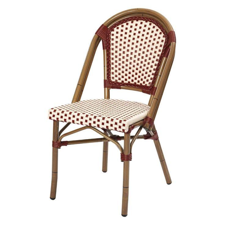 Urmarind acelasi design modern-boem de la scaunul Lucca, scaunul de terasa Charon va ajuta sa amenajati terasa sau gradina de vara abordand un stil frantuzesc. Realizat pentru a fi utilizat in mod special in aer liber, scaunul de terasa Charon, are ca baza un schelet din aluminiu vopsit intr-o culoarea apropiata lemnului de bambus, iar sezutul si spatarul sunt atent acoperite cu o impletitura din PVC, disponibila in diverse culori si combinatii. Charon este un scaun rezistent la intemperii…