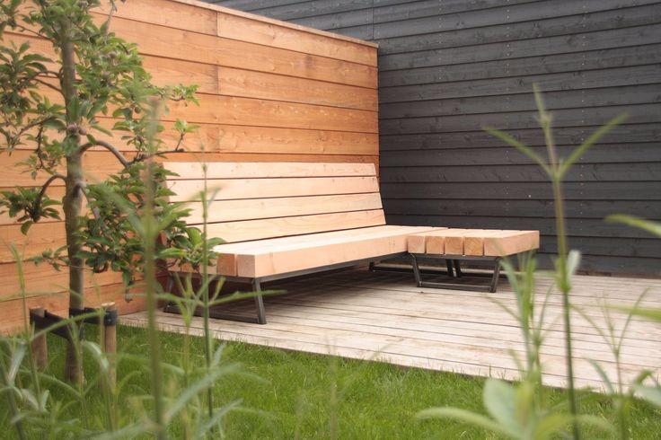 Unieke design loungebank voor in uw tuin gemaakt van douglas balken en staal, duurzaam, robuust en mooi! Meubelmakerij | Houtkwadraat