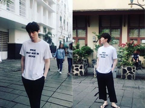 Lee dong wook Looks Relaxed with white T-Shirt on The Streets of 'Kota T...