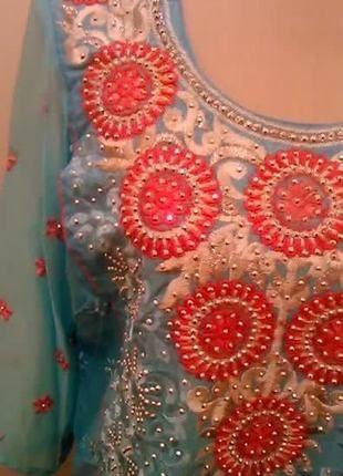 A vendre sur #vintedfrance ! http://www.vinted.fr/mode-femmes/autres/18177024-tenue-indienne-salwar-kameez