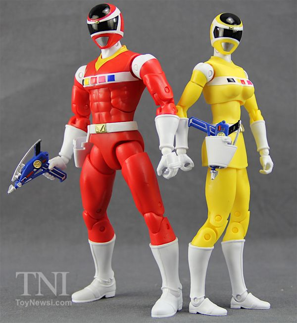 """Power Rangers In Space Legacy Collection 6.5"""" Wave 2 Red & Yellow Ranger Figures Video Review & Images"""