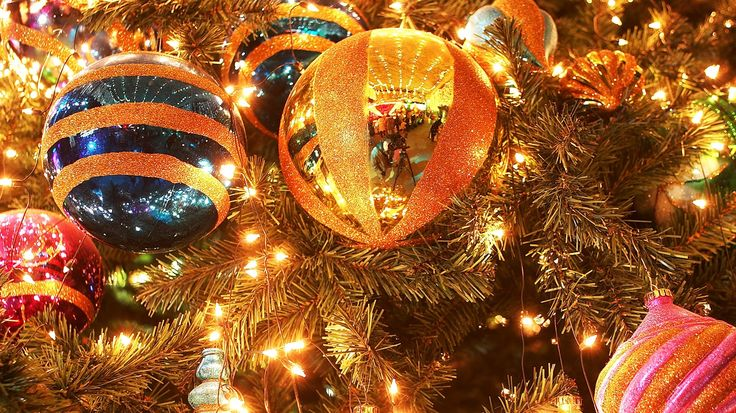 a history of the celebration of christmas a christian holiday As christians around the world celebrate christmas, historians and  of  christmas being celebrated on december 25 as a special feast in the year 354   was transferred to europe from its land of origin, iran, via the greeks,.