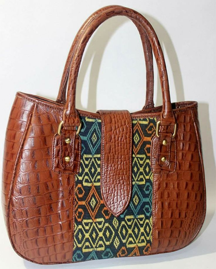 Batik Ria: Tenun mix cow leather - IDR 850.000