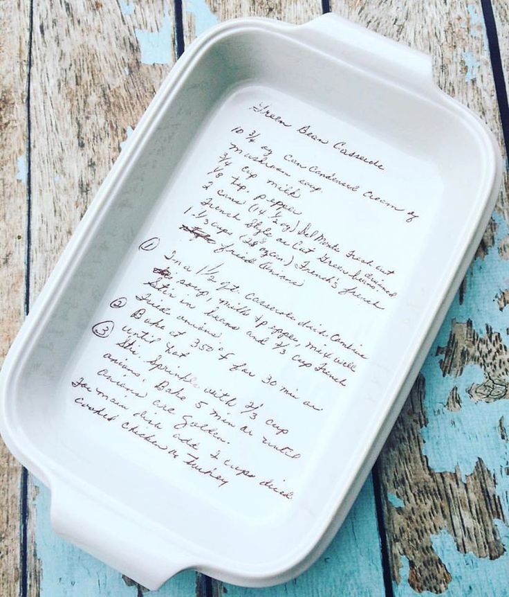 Baking pan with recipe, oven safe recipe, handwriting display, foodie gift, memorial gift, 9x15 baking dish, baking pan, phpottery, bridal by phpottery on Etsy https://www.etsy.com/ca/listing/490313245/baking-pan-with-recipe-oven-safe-recipe