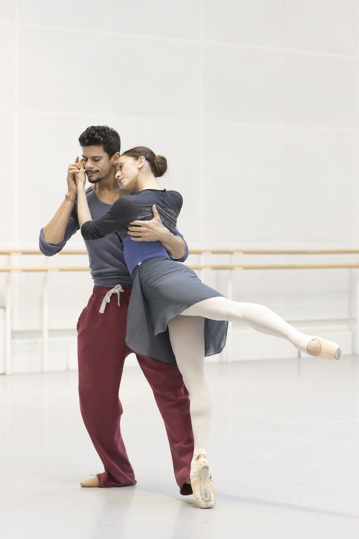 Thiago Soares and Marianela Nuñez in rehearsal for Romeo and Juliet, The Royal Ballet © 2015 ROH. Photograph by Andrej Uspenski