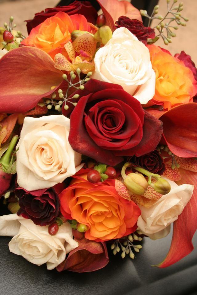 12 fabulosas ideas para ramos de novia otoñales ¡te encantarán!: Las flores disponibles en otoño son hermosas y variadas