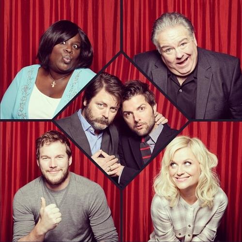 Parks and Rec cast - Chris Pratt, Retta, Jim O'Heir, Amy Poehler, Nick Offerman, & Adam Scott.