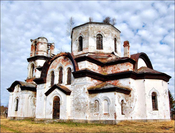 Karelia abandoned church