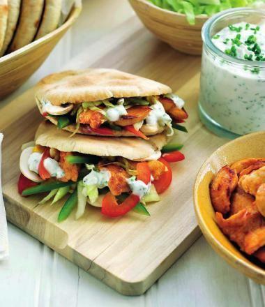 Gezonde pita = leren omgaan met gezondere versies van fastfood een simpele manier om gezond te leren koken waarbij er toch bepaalde technieken worden aangeleerd zoals bakken, snijden, ...http://njam.tv/recepten/gezonde-pita