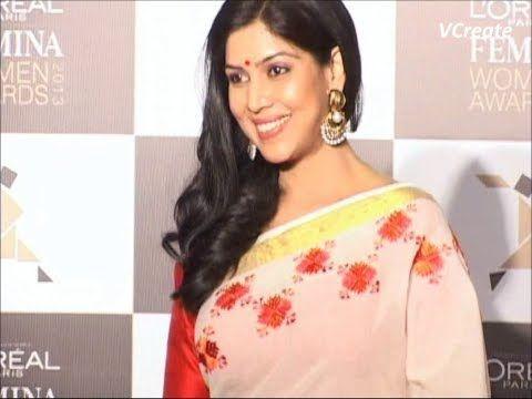 Sakshi Tanwar beautiful at Loreal Femina Women Awards 2013.