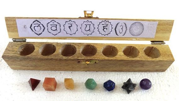 This 7-piece set is ideal for those who practice or who are interested in crystal healing, Reiki or energy healing. Designed to facilitate
