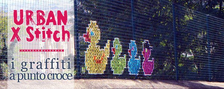 Urban X Stitch, i graffiti a punto croce. L'antica tecnica di ricamo a punto croce ha trovato una seconda vita nelle strade della città o nel giardino di casa tua.