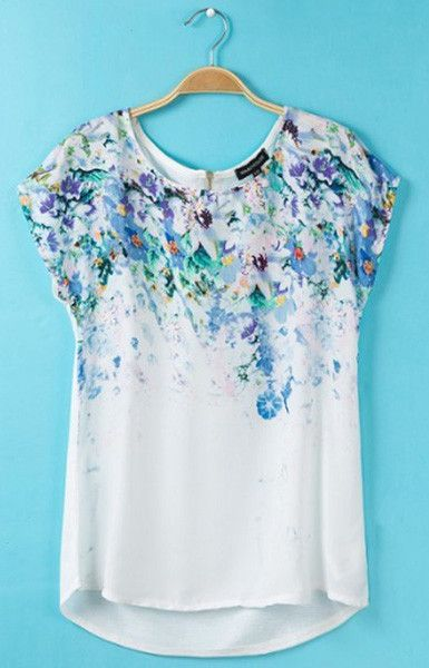 White Floral T-Shirt - totally my style I have this, it's lovely