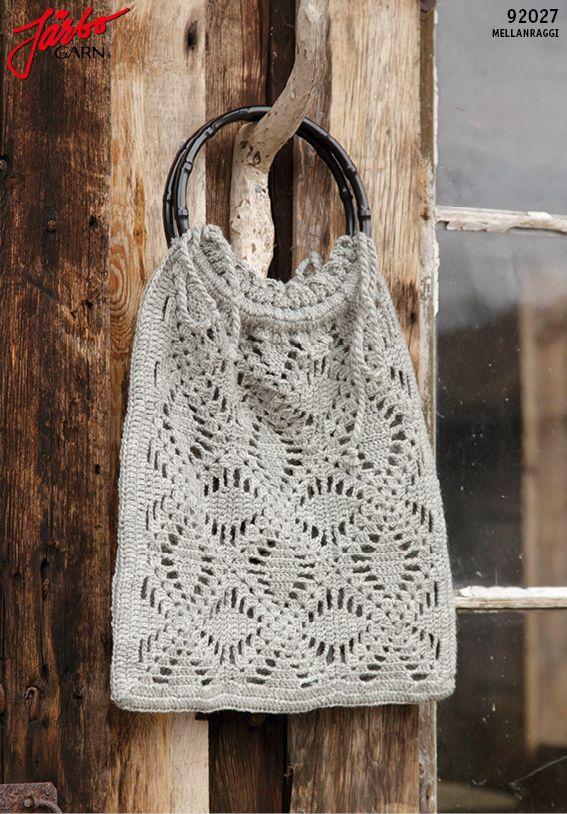 Crochet autumn bag.