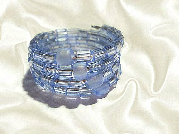 Memory Wire Ring  Blue Beaded Rings  Wrapped by GlamorousSparkle, €5.00