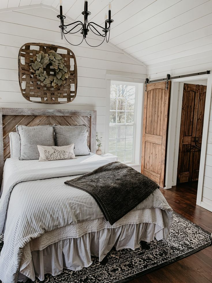 How to layer bedding Anna Kate Blog in 2020 Grey