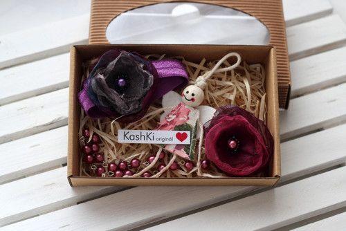 #Colorful jewelry sets for little girls.  #headdress #bracelet #necklace #beads  #flowers  #felt #angel #organza #pendan #KashKi