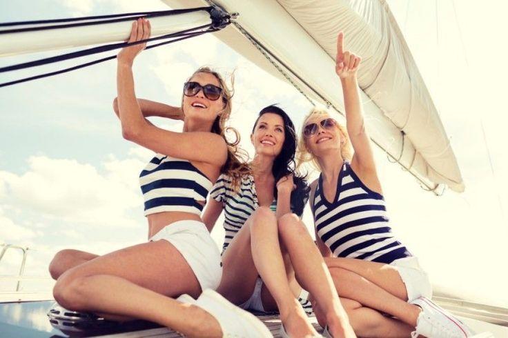 Addio al nubilato in barca a vela in riviera romagnola. #vacanzebarcavela #skipperclub #rivieraromagnola #addioalnubilato #addioalcelibato
