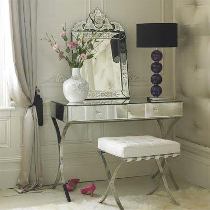 Mrs Boho: Habitaciones: un tocador de espejo en mi habitación
