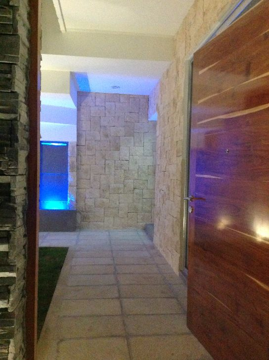LUJOSA RESIDENCIA EN CUMBRES CANCUN. Casas en Condominios en Venta en Cancun - Bienes Raices Cancun Q Roo