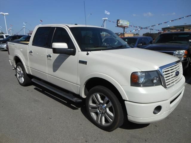 $29,900 white 2008 Ford f150 used truck for sale online 1FTRW145X8FA33727