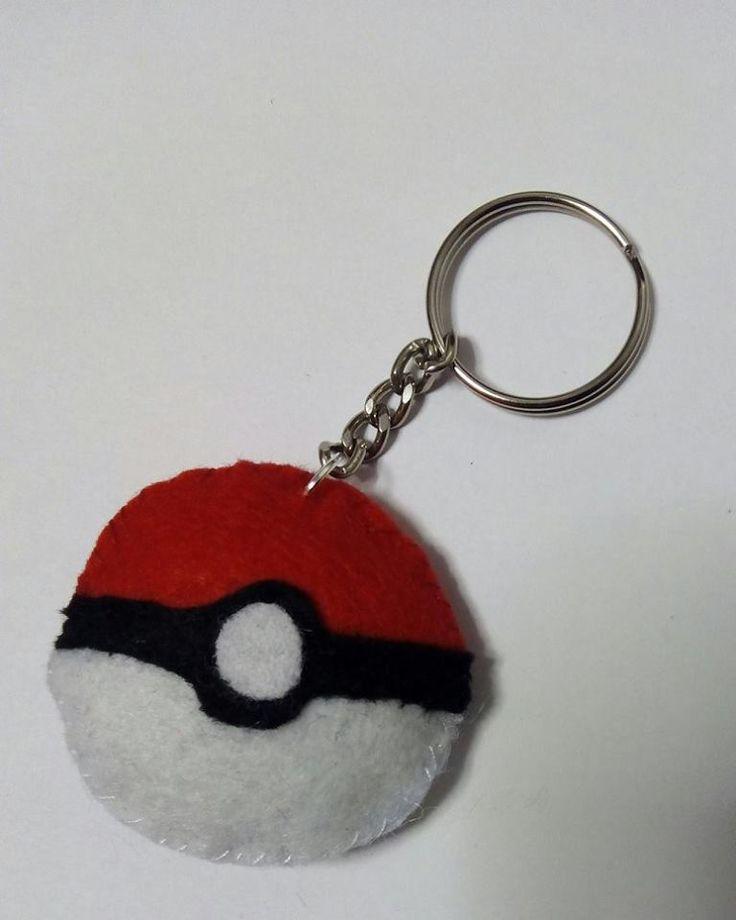 Llavero Pokéball Pokémon https://www.facebook.com/complementosaliehs/