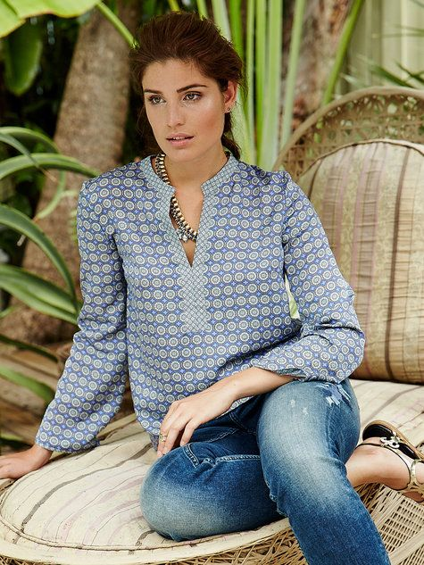 Simple tunic blouse - would be good for resort holidays