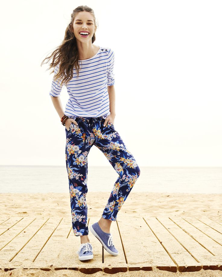 Step up your look with chic stripes and floral cropped pants from Old Navy.