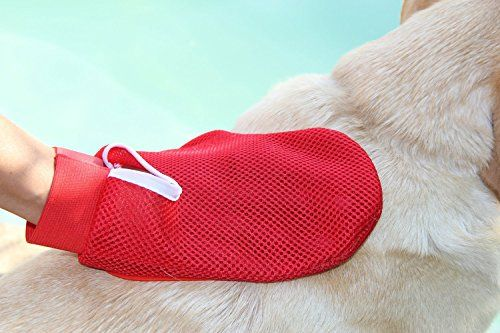 Dog and Cat Grooming Glove Perfect for Long & Short Hair - Pet Hair Remover - Gentle Groomer Mitt - It can be used wet or dry - Gentle Brush - Clean And Massage At Once