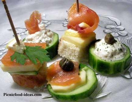 Christmas party finger food recipes finger food picnic for Cheap wedding canape ideas