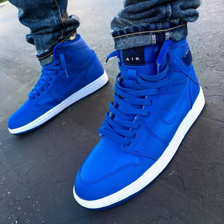 """3,812 Likes, 62 Comments - Sk8 (@sk8thegr8) on Instagram: """"Blue Jordans Matter. 2009 Sapphire Blue Air Jordan 1 High #Jordans #JordanDepot #CaliGotKicks"""""""