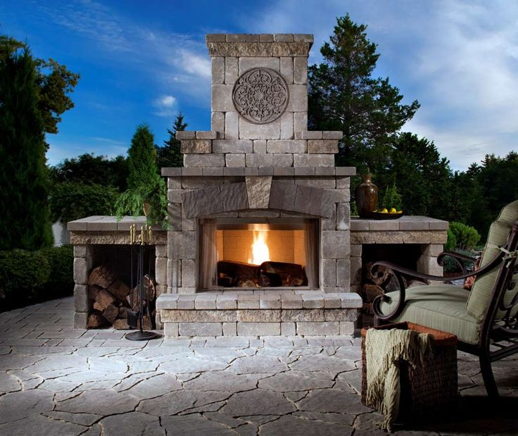 Best 25+ Traditional outdoor fireplaces ideas only on Pinterest ...