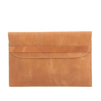 CESAR laptop case in camel
