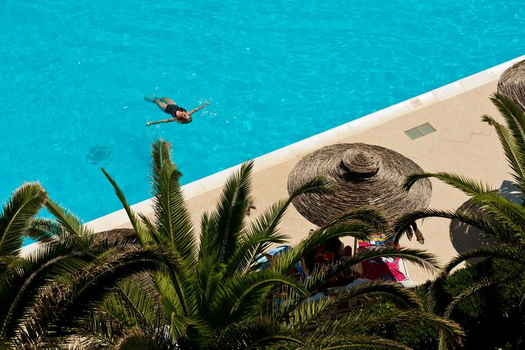 Relax to the Pool