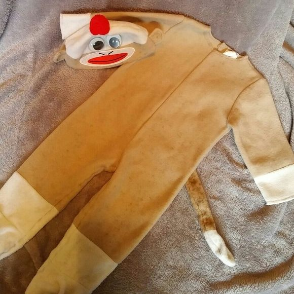 Sock monkey costume Complete Sock Monkey costume for 12-18 months I will bundle all 3 costumes at cheaper price$$ Other