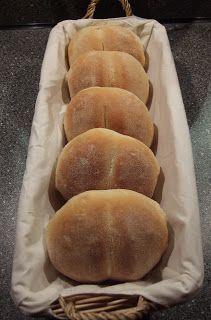 Uit de keuken van Levine: Knapperige witte broodjes