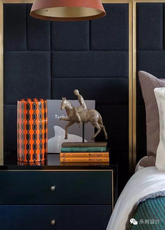 Dark bedroom, detail【乐尚设计.作品】万科·翡翠雅宾利307...: