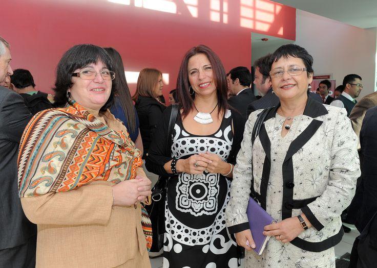 María Francisca Henríquez, Cecilia Vargas, Sara Ahumada.