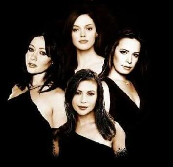 Paige Halliwell (Rose McGowan), Piper Halliwell (Holly Marie Combs), Phoebe Halliwell (Alyssa Milano), and Prue Halliwell (Shannen Doherty) - Charmed