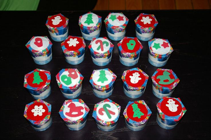 Bonbonnières faites avec des verres de carton