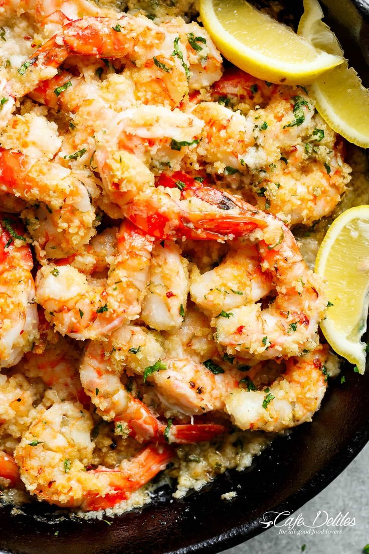 Oven baked shrimp witha hint oflemon and garlic, topped with flavourful golden andbuttery, garlic parmesan breadcrumbs. Onlyminutes to prepare!