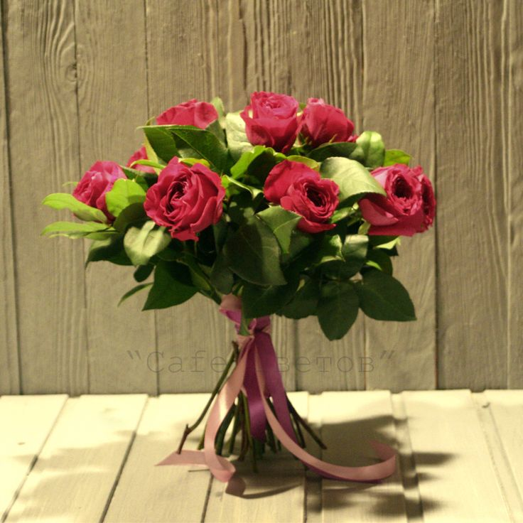 Пионовидные Розы Спб. Букет из 11 Красных пионовидных Роз | Доставка цветов и букетов в Санкт-Петербурге (Спб)