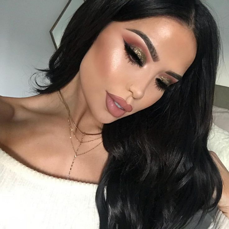 """13.2k Likes, 87 Comments - @iluvsarahii on Instagram: """"Yesterday's makeup this was before i hurt my ankle and just sat on the couch in full glam ♀️…"""""""