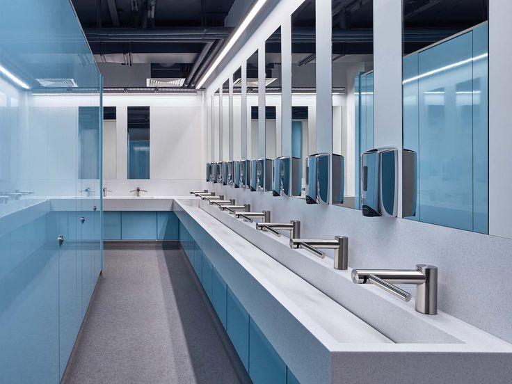 Queen Mary University Restrooms | Corian