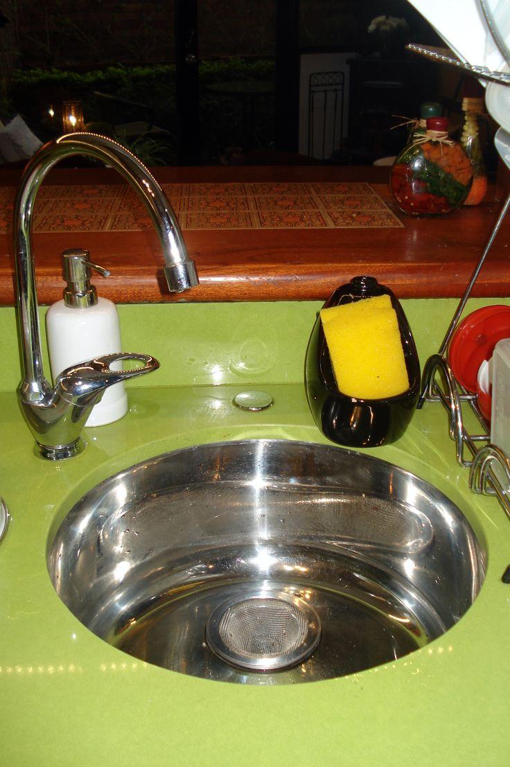Lavaplatos redondo, pequeño y hondo, para ahorrar espacio