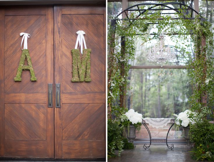 Chapel In The Woods, Fellowship of The Woodlands, TX Arbor and Chandelier breathtaking backdrop. Planning, Design and Rentals by Tracy Flaherty Events, Photography by Kelly Hornberger, Florals by Antique Rose, Magnolia, TX.