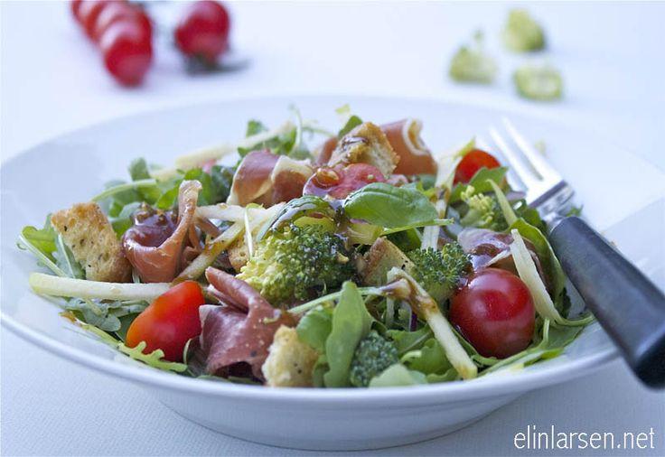Grønn Iberico salat med balsamico dressing